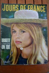 1961 Vintage Magazine Brigitte Bardot