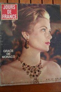 1965 Vintage Magazine Grace Kelly Charles Aznavour