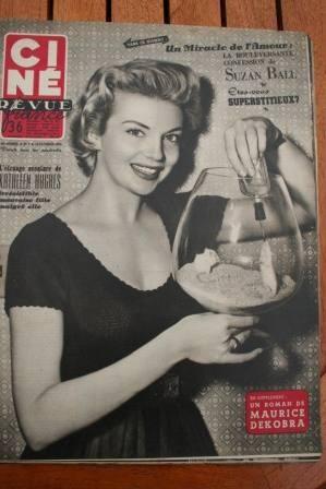 1954 Kathleen Hughes Robert Mitchum Marilyn Monroe