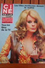Magazine 1969 Elke Sommer Michael York Letitia Roman Carroll Baker Anthony Quinn