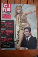 Magazine 1970 Nathalie Delon Moustaki Anny Duperey Maria Grazia Buccella Bardot